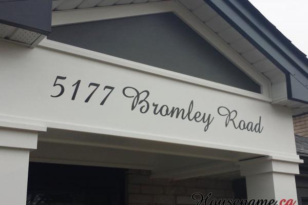 script-house-address-numbers-modern-font